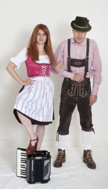 Dirndl & Lederhose